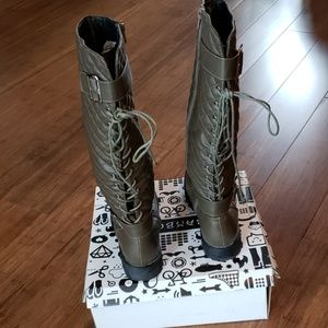 Quilted,back lace up knee high olive green boots i